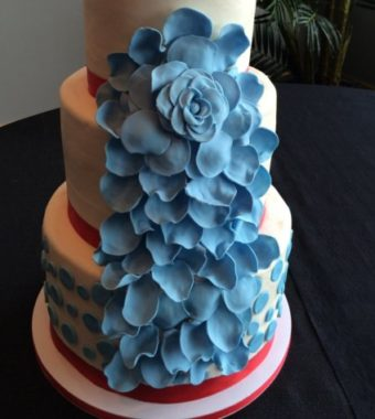 wedding-cake-blue
