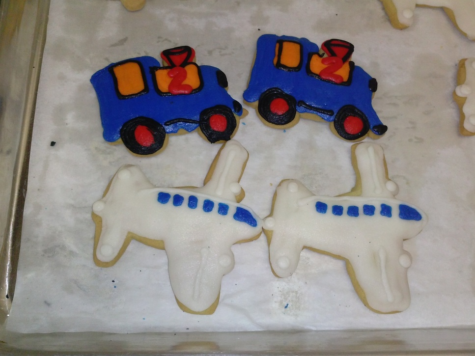 Train and Plane Cookies